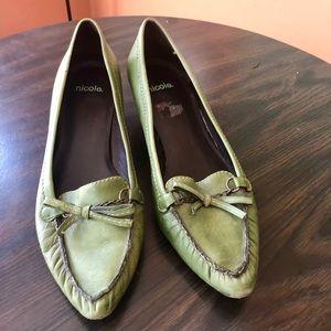Women's casual kitten heel shoes by Nicolle